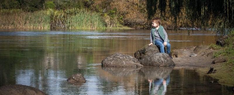 Children-Enjoy-The-Natural-Location-Of-Huka-Lodge_104577-1024x419