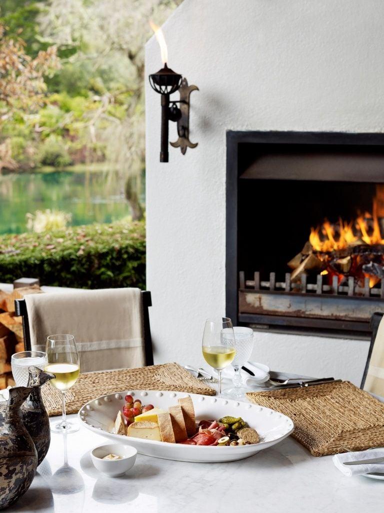 Dining-At-Huka-Lodge_84882-768x1024