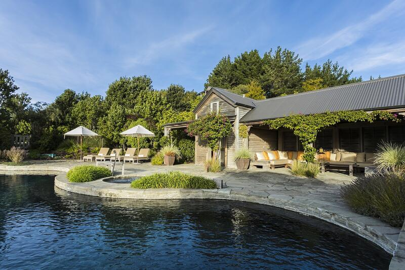 Farm_Cape-Kidnappers-pool