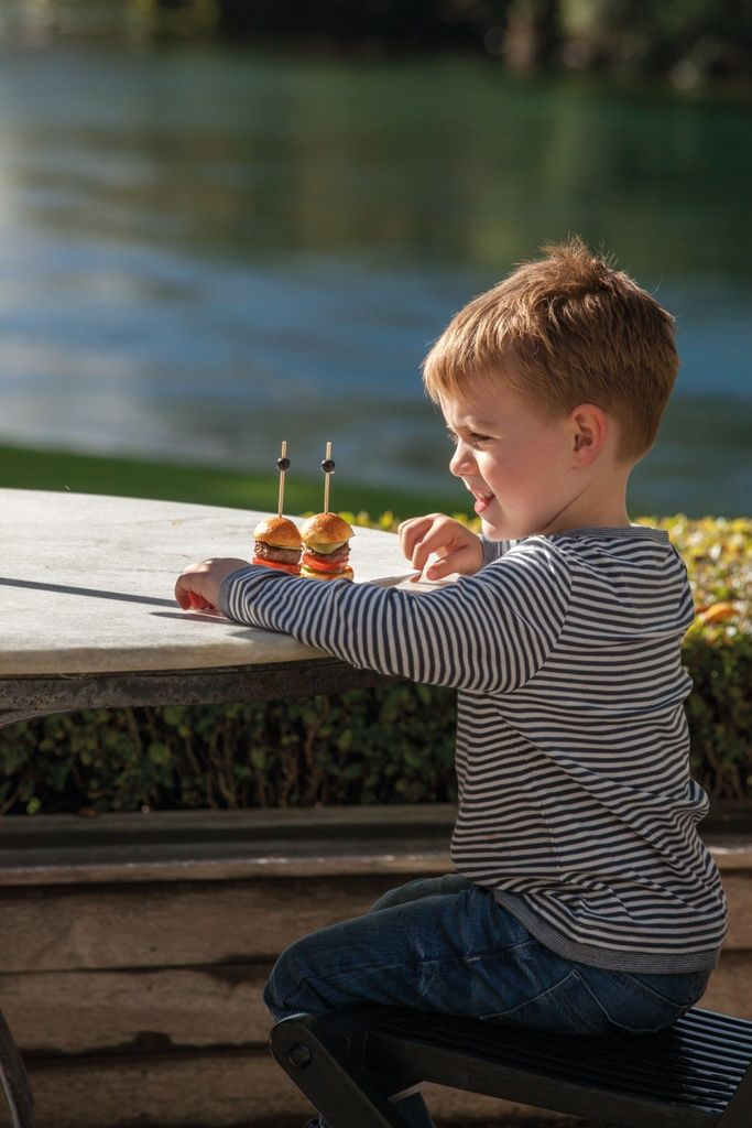 Imaginative-ChildrenS-Menus-Go-Down-Well-With-Younger-Guests_104581-683x1024