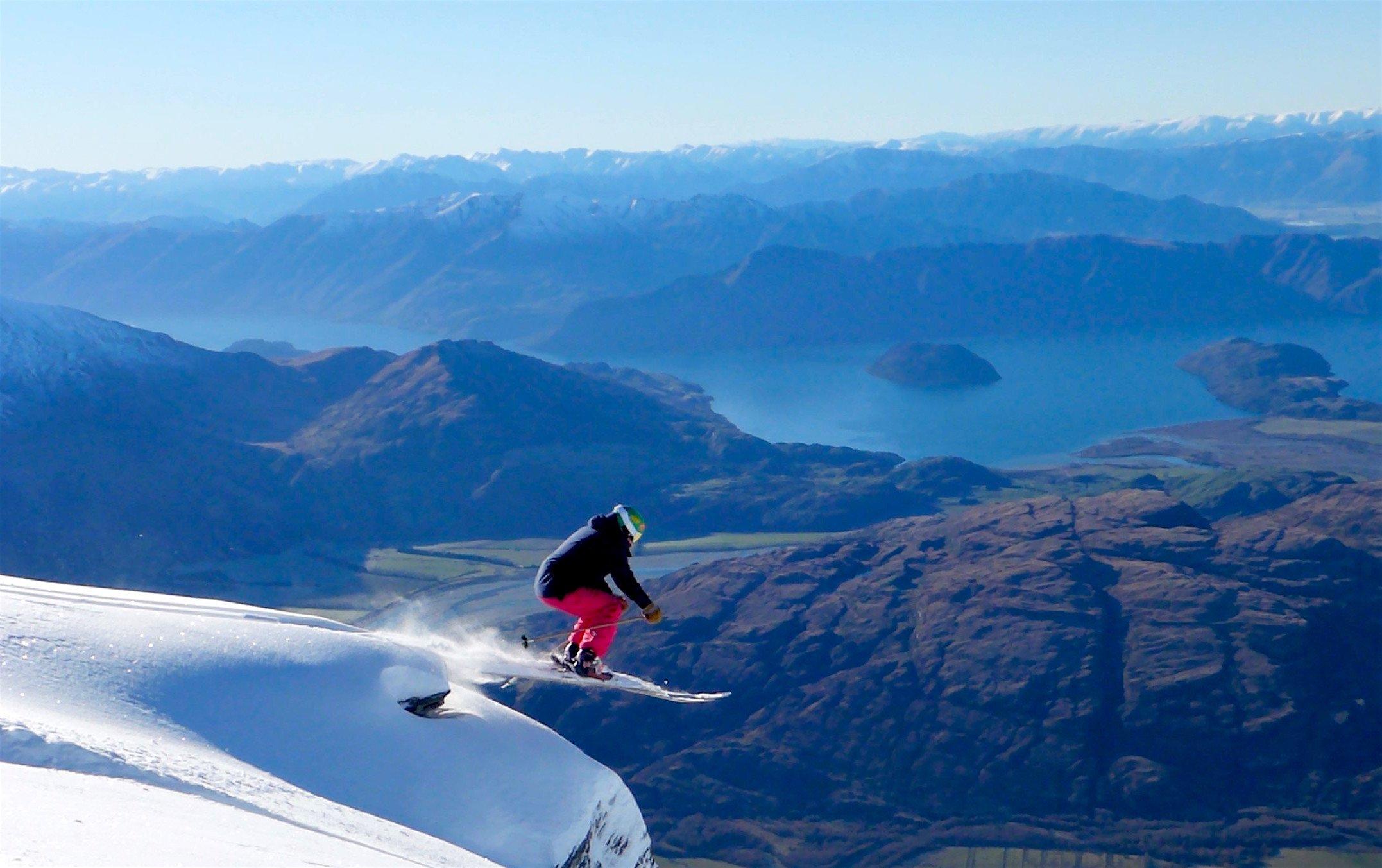 Luxury ski holiday in New Zealand
