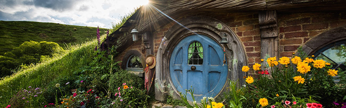 hobbiton-movie-set-new-zealand