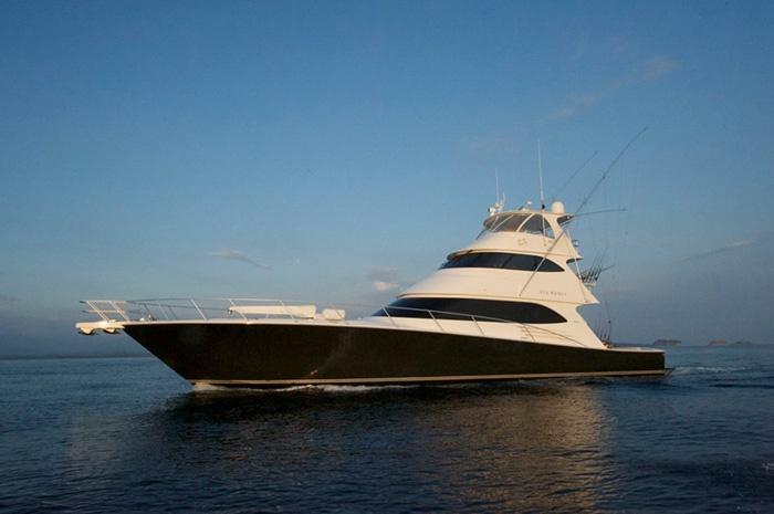 luxury-sports-fishing-boat