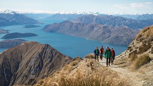 new-zealand-hiking-roys-peak-1.jpg