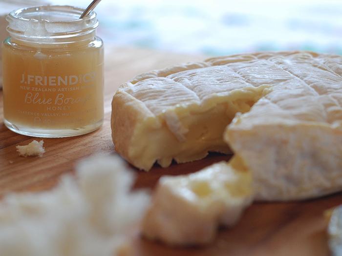 new-zealand-honey-and-cheese
