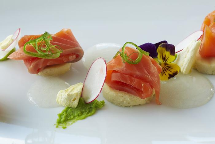 new-zealand-salmon-sashimi