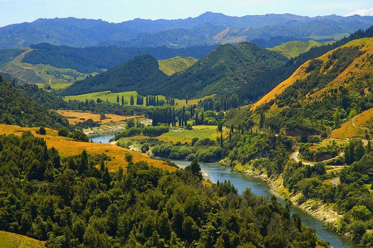 whanganui-river-new-zealand