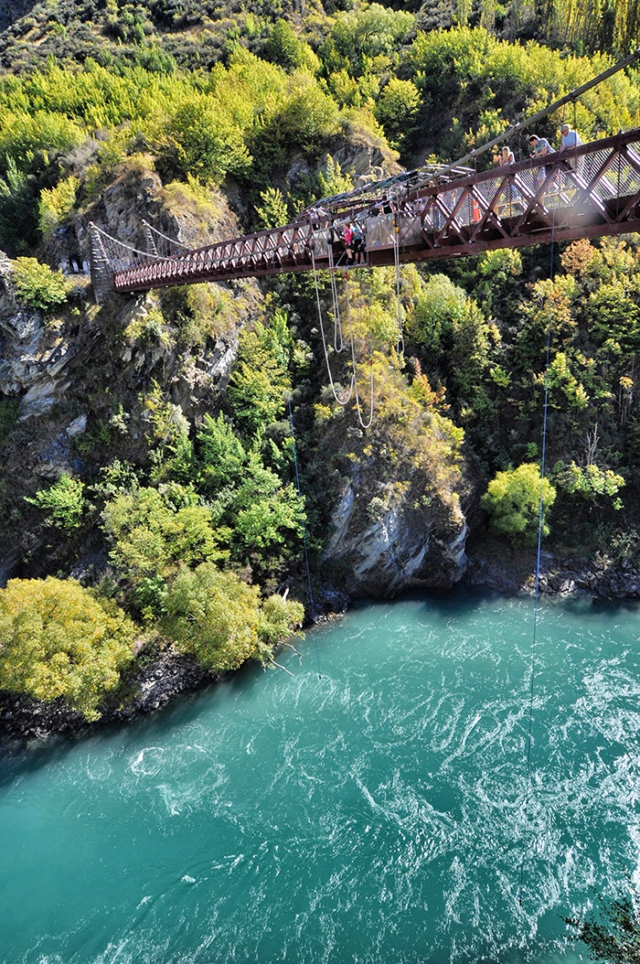 Kawarau_Bridge_Bungy_Jump3