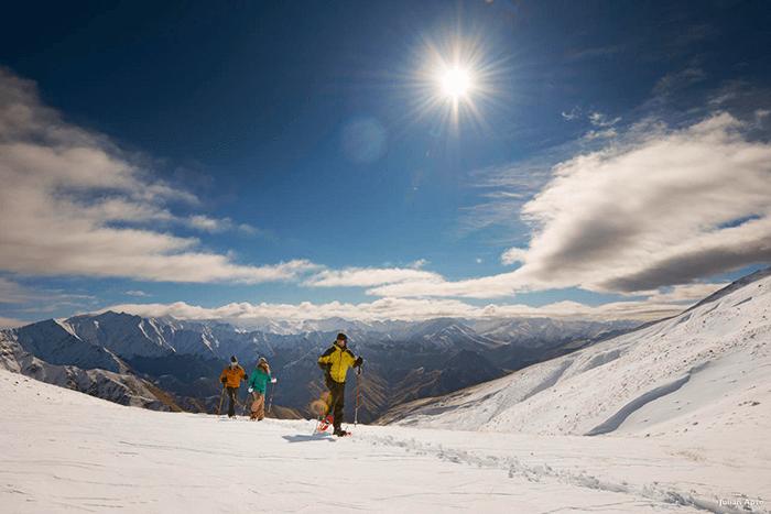 New-Zealand-Luxury-Heli-Skiing-1.png