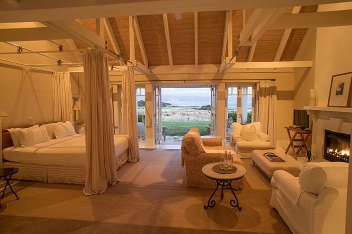 New-Zealand-Luxury-Lodge-Wharekauhau-5