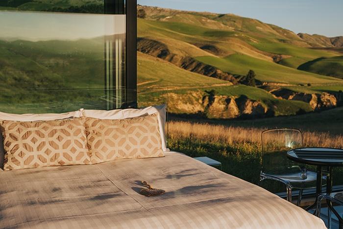 New-Zealand-glass-cabins-purepod-1