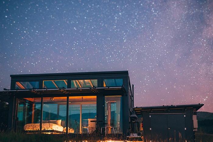 New-Zealand-glass-cabins-purepod-2
