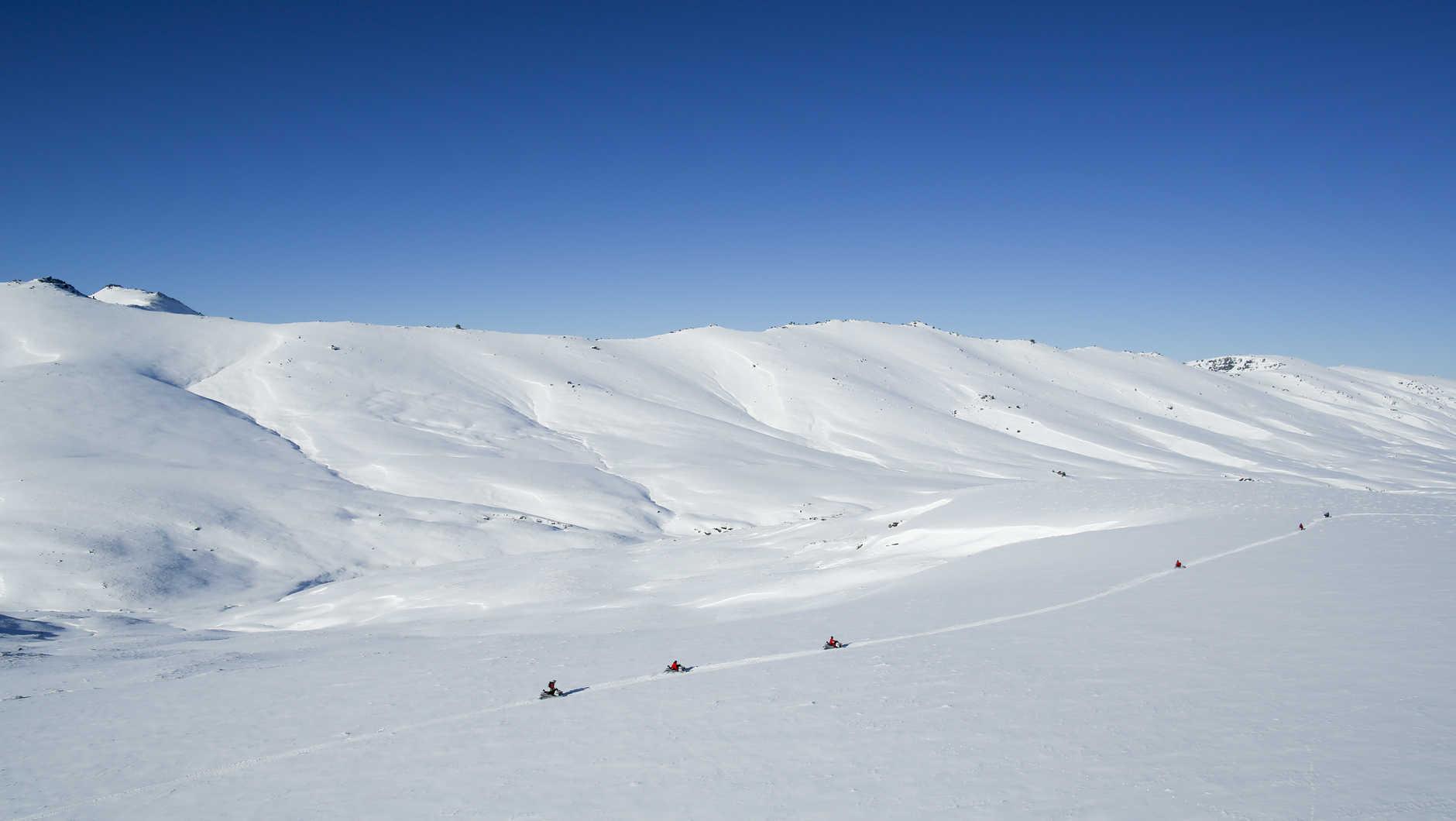 Queenstown-snowmobile-New-Zealand-3