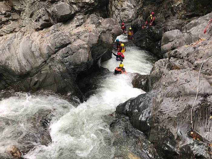 Routeburn-Canyon-Adventure-New-Zealand-2