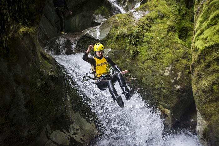 Routeburn-Canyon-Adventure-New-Zealand-3