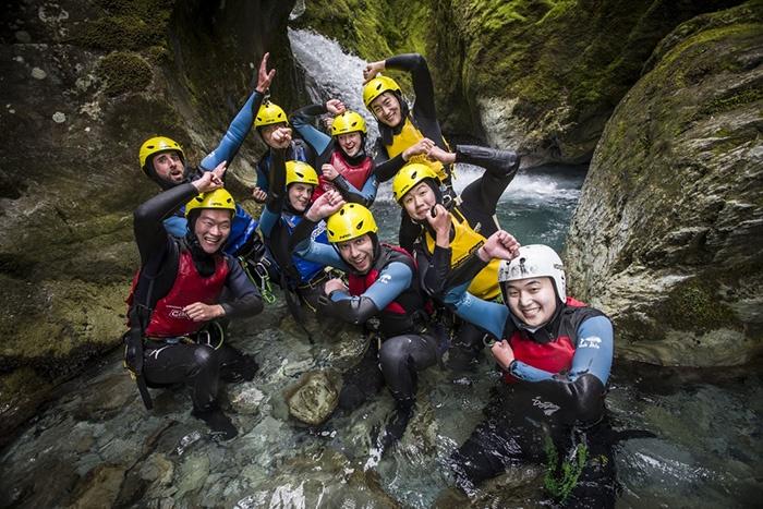 Routeburn-Canyon-Adventure-New-Zealand-4