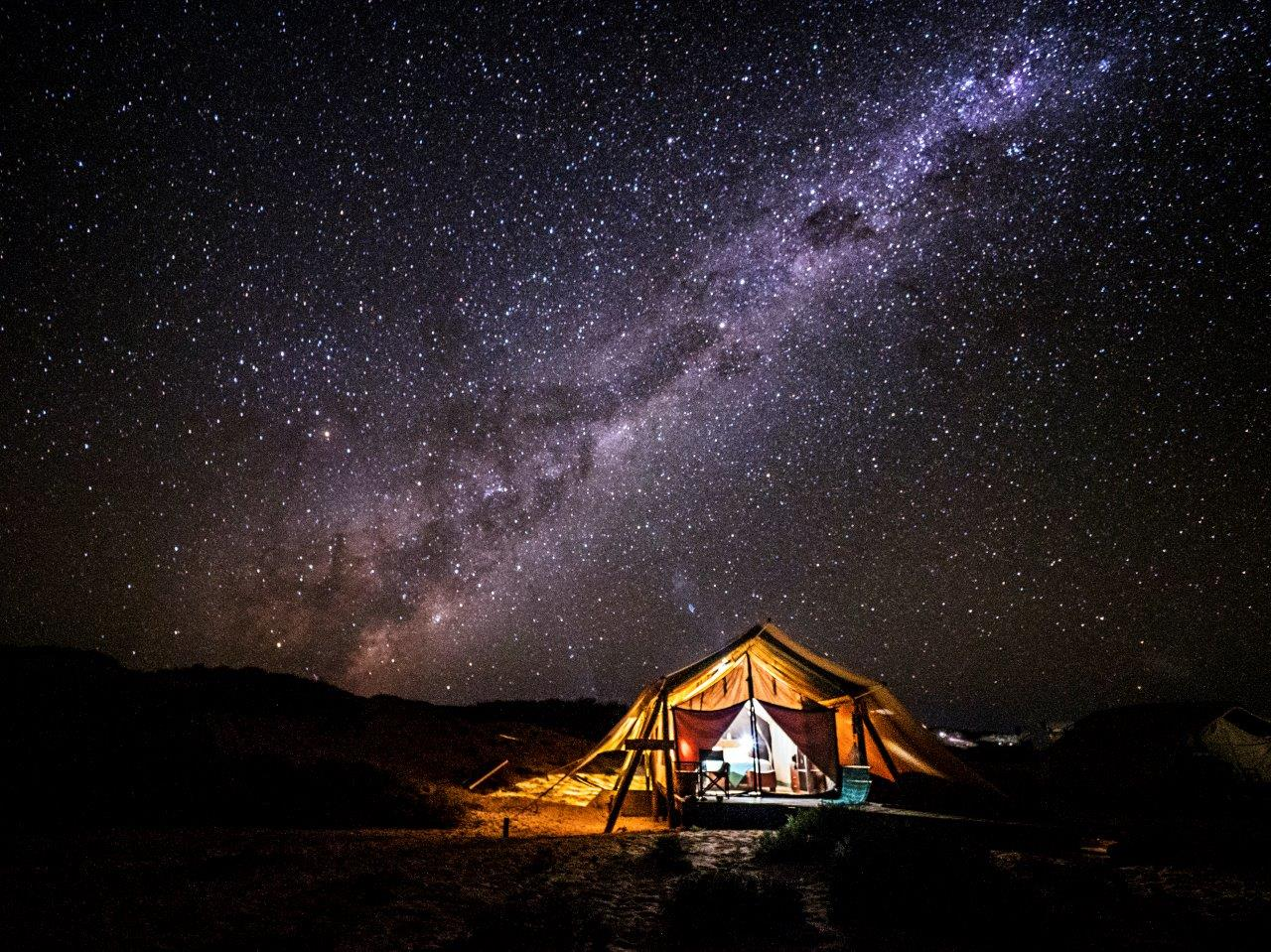 Sal-Salis-Ningaloo-Reef-at-night_credit-Lauren-Bath