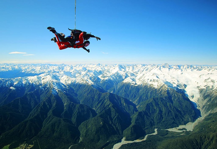 Skydive-Franz-Josef-New-Zealand