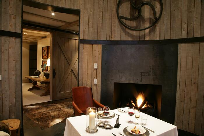 The-Farm-at-Cape-Kidnappers-Dining-in-the-Snug