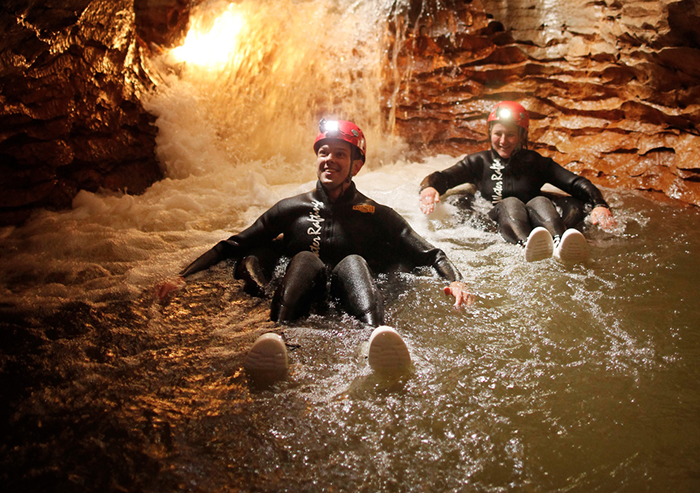 black-water-rafting-new-zealand-1