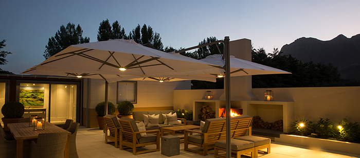 craggy-range-luxury-lodge-evening