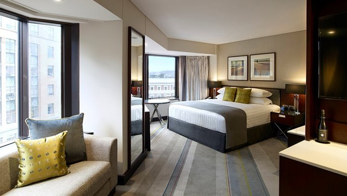 deluxe-guest-room-wellington