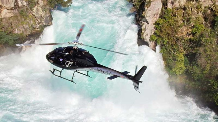 huka-falls-helicopter