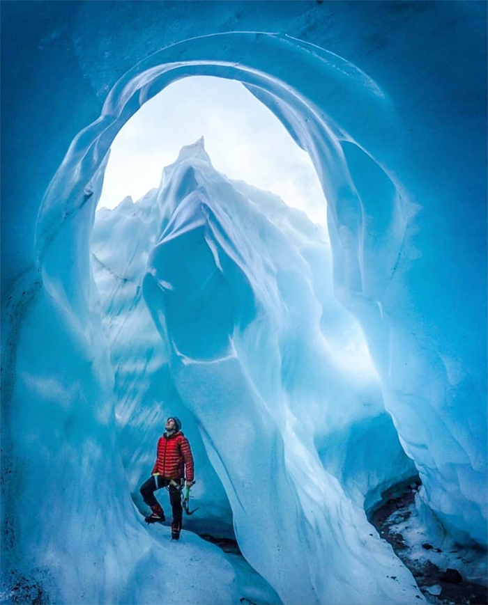 ice-caving-new-zealand-glacier