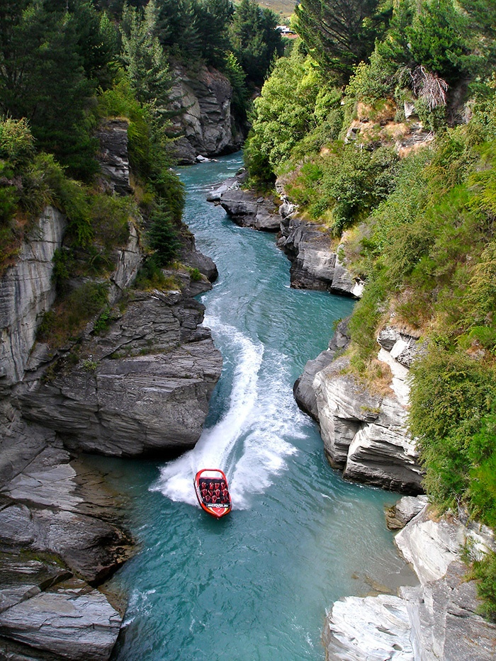 new-zealand-jetboating-2
