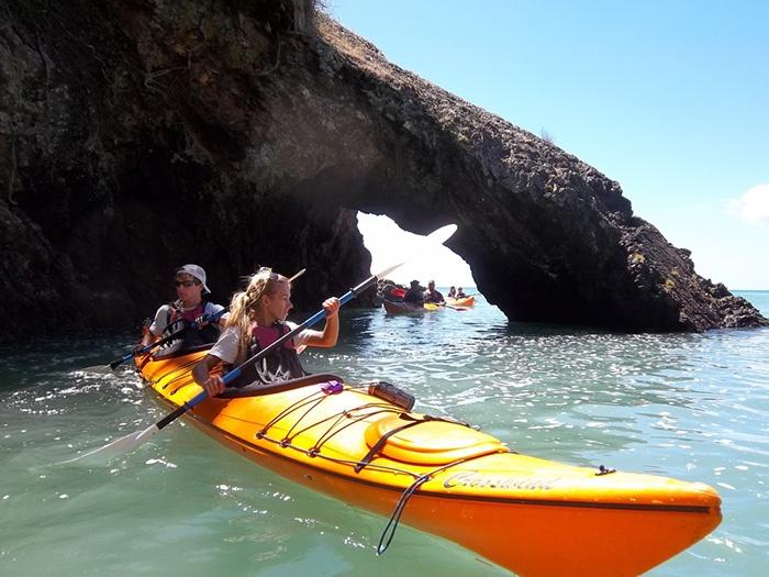new-zealand-kayaking