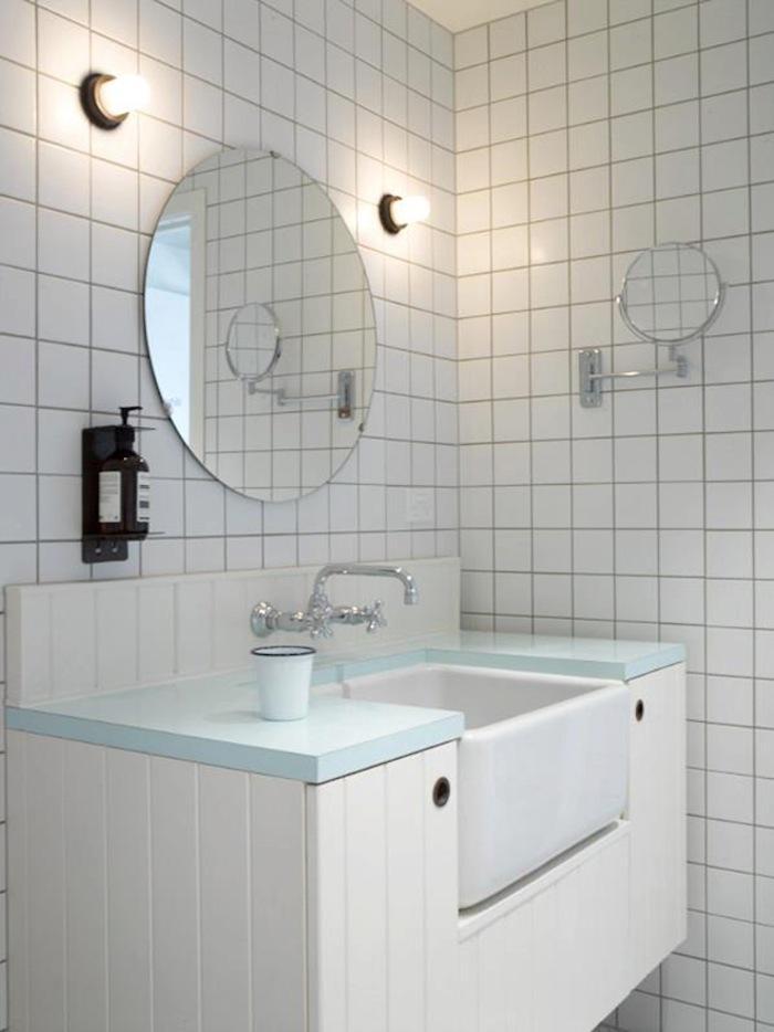 oyster-inn-boutique-hotel-bathroom.jpg