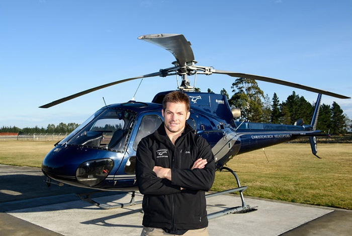 richie-mccaw-helicopter