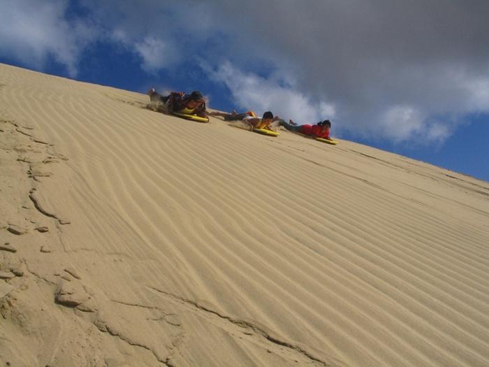sand-dunes-northland-new-zealand