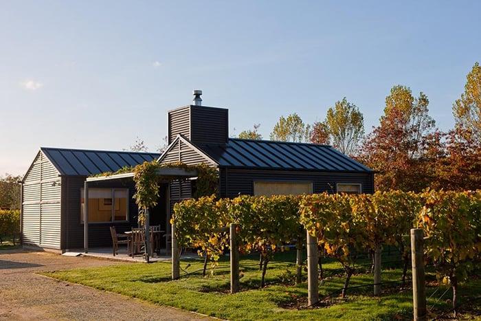 vineyard-cottage-accommodation-new-zealand