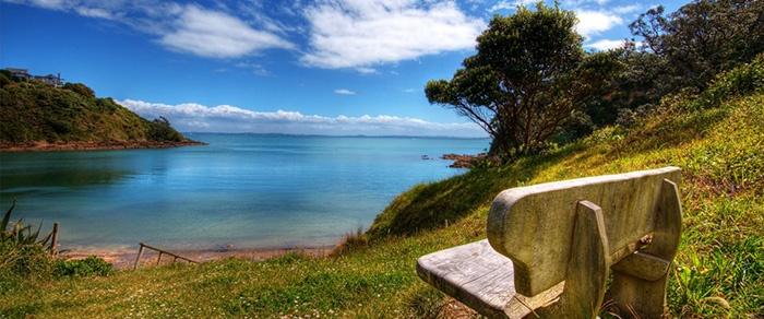 waiheke-island-bay-new-zealand