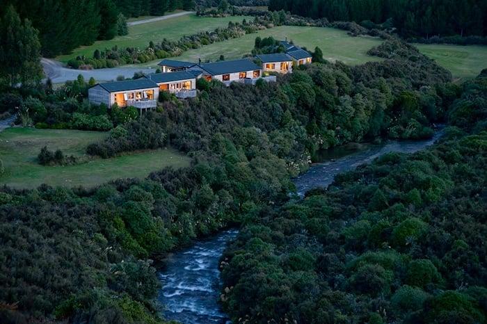 Poronui-luxury-fishing-lodge