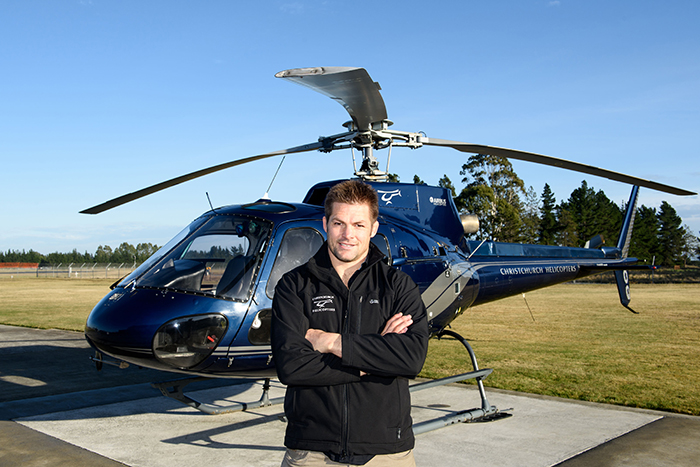 richie-mccaw-helicopter-2